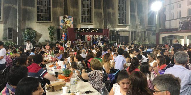 HERMOSO FESTEJO DE LA FAMILIA