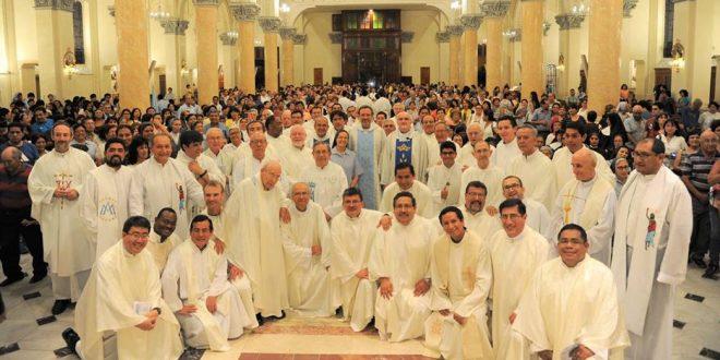 Eucaristía de Bienvenida para Manolo Cayo SDB