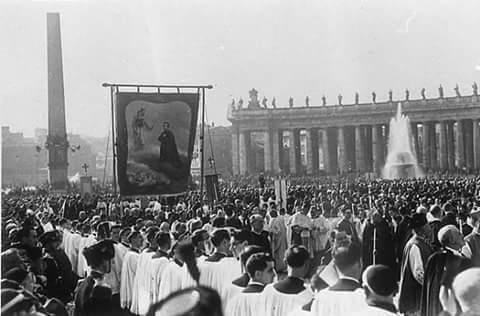DON BOSCO fue proclamado Santo un primero de abril